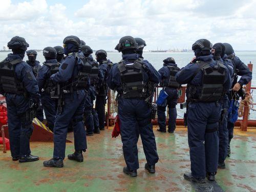 police anti-terrorist team anti-terrorist team exercises