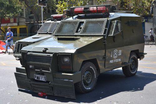 policija,ginkluota transporto priemonė,protestas,Santiago,čile,Pietų Amerika,Lotynų Amerika