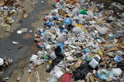 pollution trash i desquido