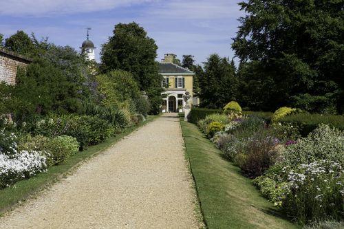 polsden lacey garden herbaceous border