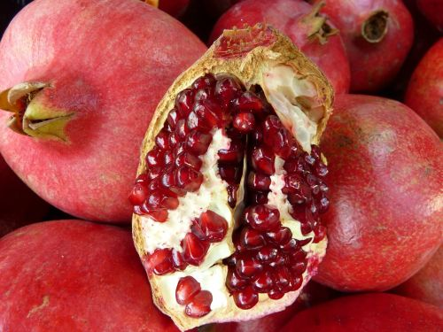 pomegranate cores red