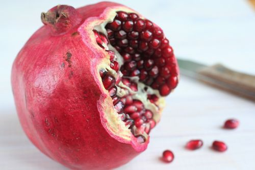 pomegranate antioxidant vitamins