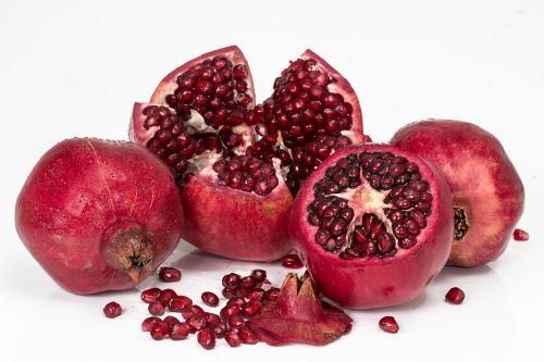pomegranate fruit seeds