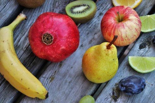 pomegranate  fruit  pear