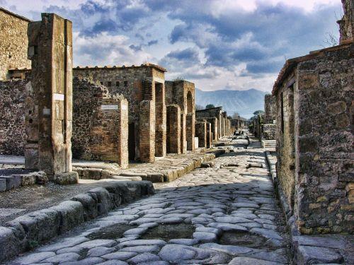 pompeii italy roman