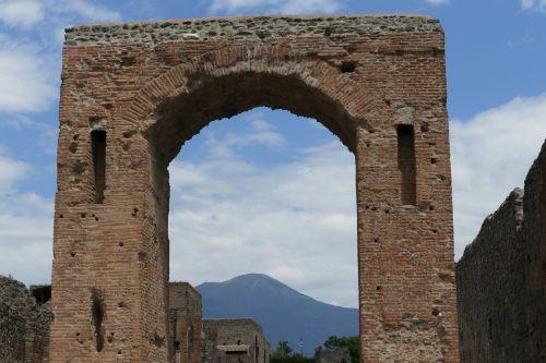 pompeii italy naples