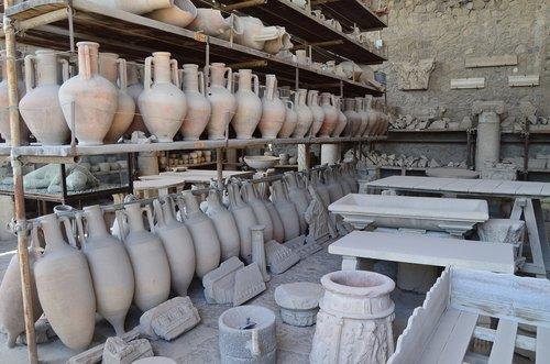 pompeii  campania  amphorae