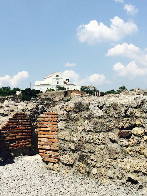 pompeii italy vesuvius