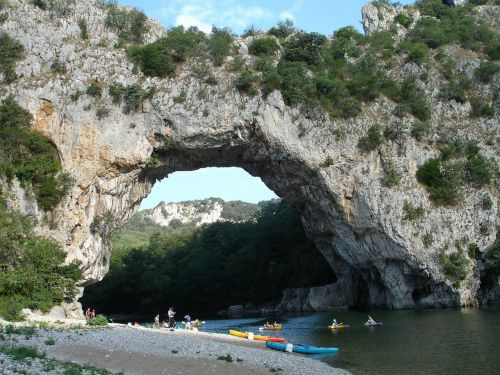 pont d'arc,ardeche,gorges de l ' ardèche,france,holiday,river,paddle,paddler,paddle boat,water,canoeing
