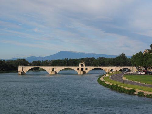 pont saint bénézet pont d'avignon ventoux