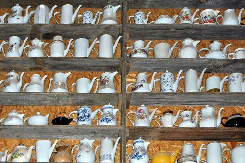 porellan coffee jugs collectibles