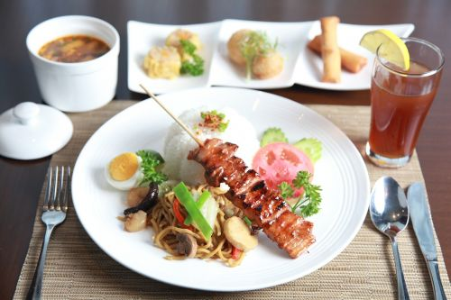 pork barbecue noodles lunch set