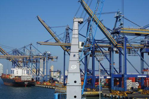 port colombia crane