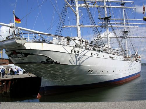 port stralsund sailing vessel