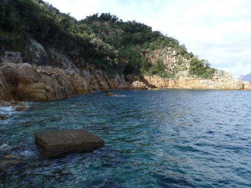 port corsican rocks