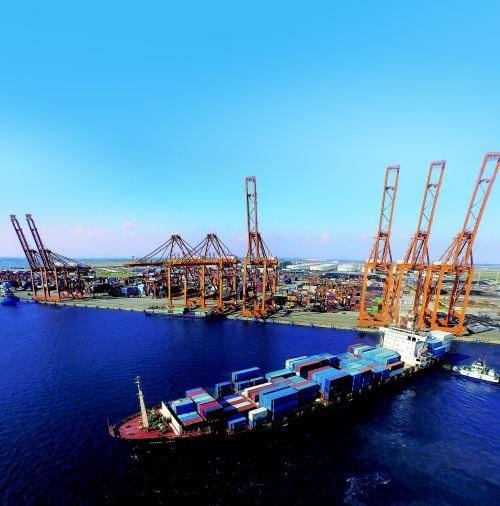 port sea cargo ships