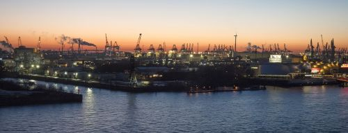 port hamburg evening