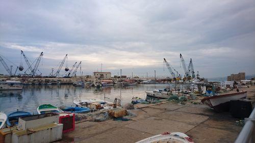 port boats ancient