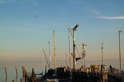 port meersburg pier