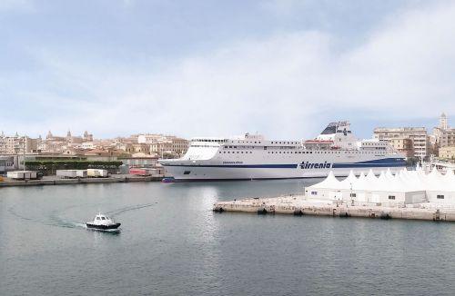 port salerno italy
