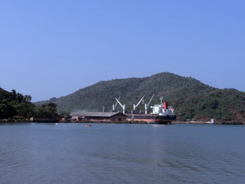 port ship arabian sea