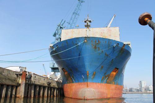 port hamburg barges