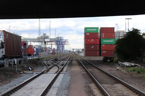 port train truck
