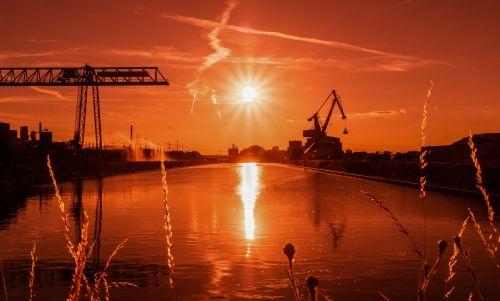 port sunset aschaffenburg