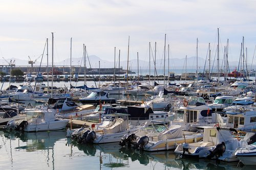 port  port d'alcudia  mallorca