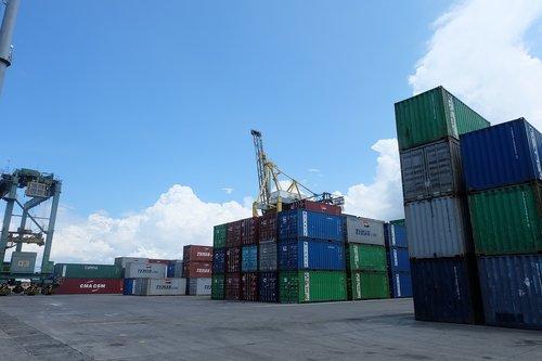 port  cargo  shipping