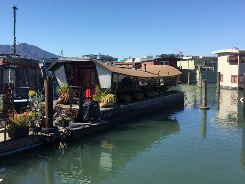port  boats  river
