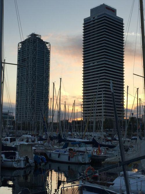 port barcelona cities
