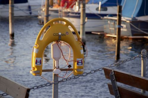 port harbour lifesaver