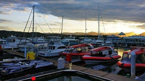 port douglas  boat  harbour
