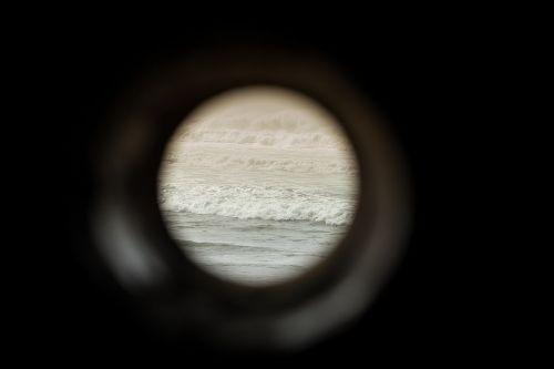 porthole window round