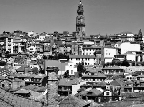 porto black and white roofs