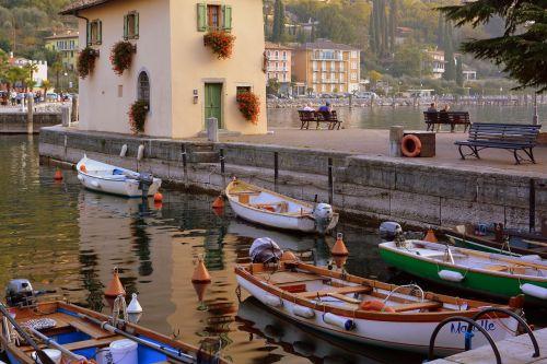 porto boats colorful
