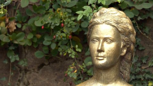 portrait bust gilded