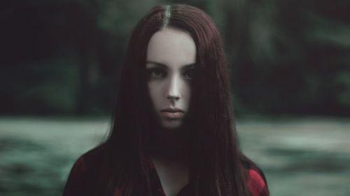 portrait girl gloominess