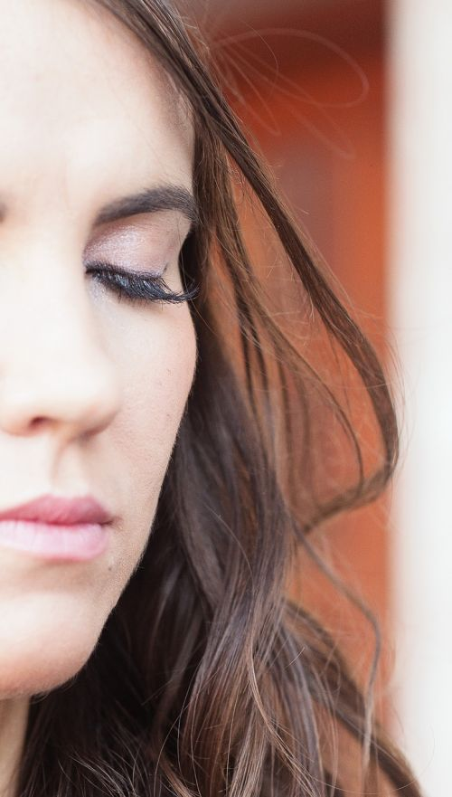 portrait eyelashes face