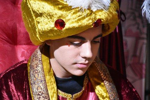 portrait  traditional  costume