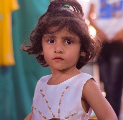 portrait  child  girl