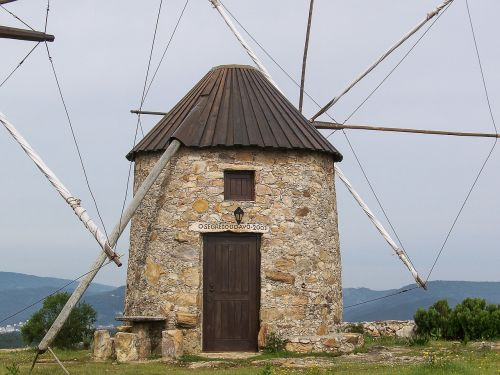 portugal mill windmills
