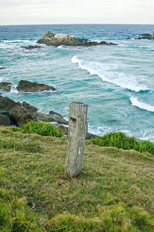 post  coast  lone
