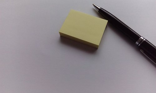post it  note  pen