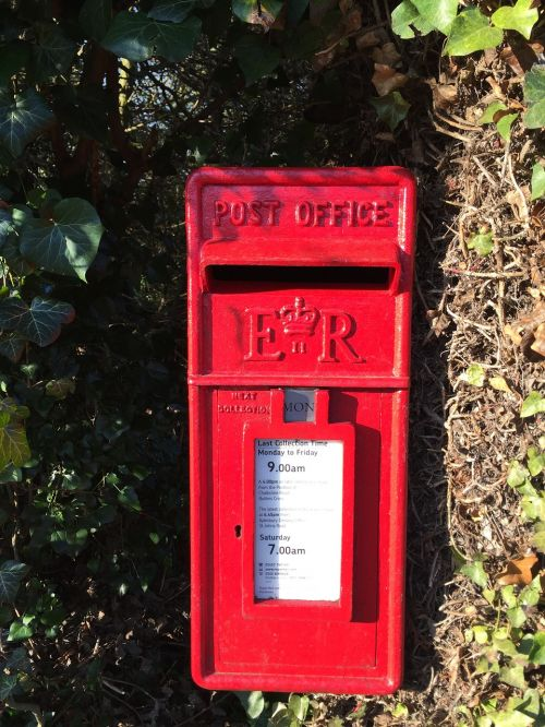postbox red mail