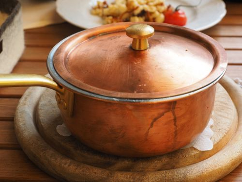 pot copper pot cheese noodles