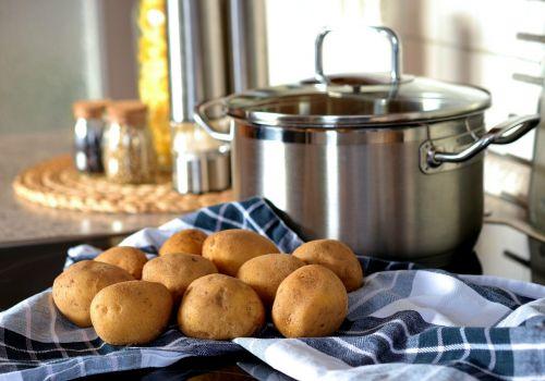 bulvė,virėjas,puodą,valgyti,maistas,frisch,virtuvė,stärkehaltig,jaunoji bulvytė