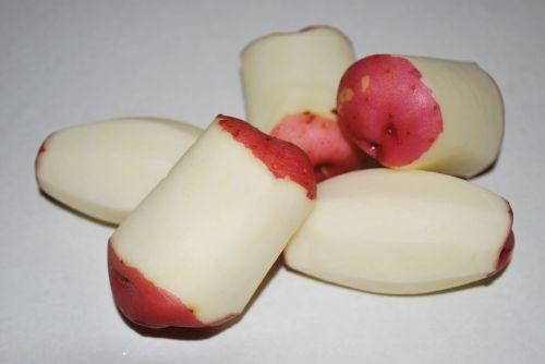 potato red peeled