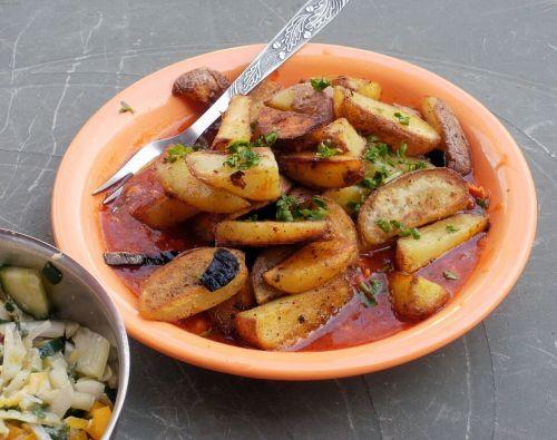 potatoes fried sauce